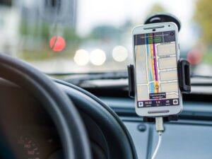 Jak wybrać GPS do samochodu?