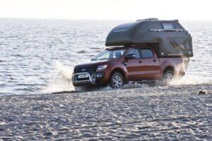 Coraz bardziej luksusowe campery dla pickupów